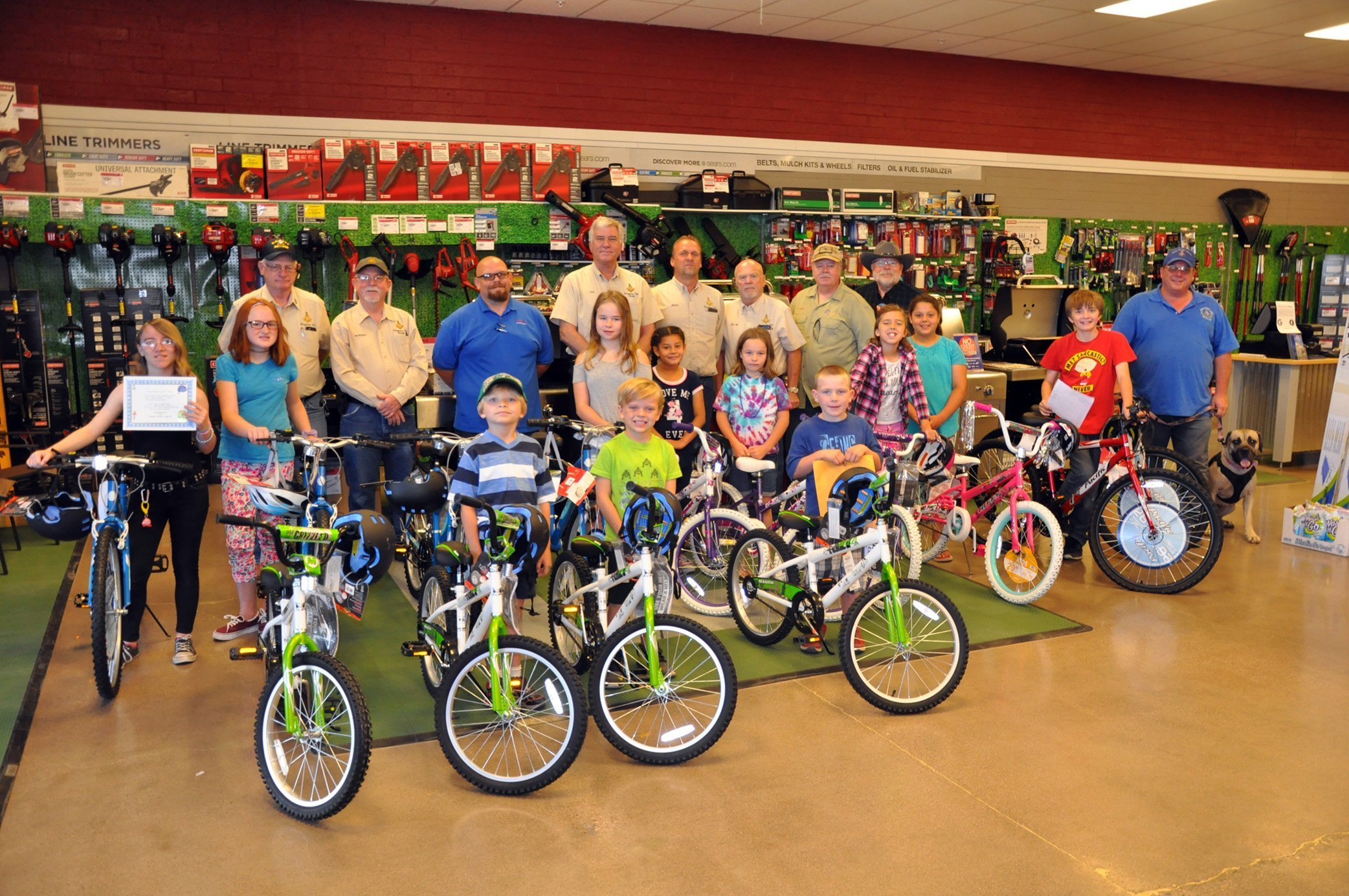 Kingman Masonic Lodge Gives 14 Bicycles Away