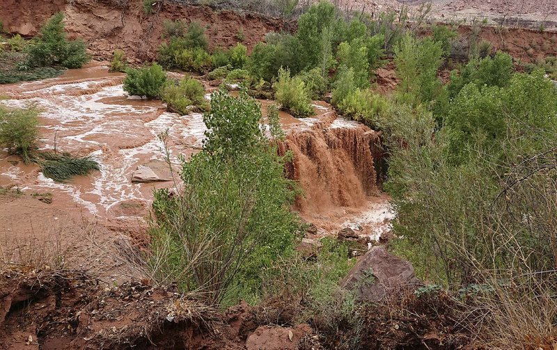 Tourists Flee Flash Flooding Near Grand Canyon